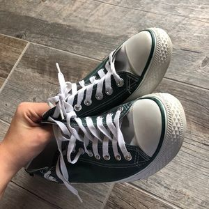 fcf8572fe52462 kicks Shoes - Michigan state low top converse style shoes